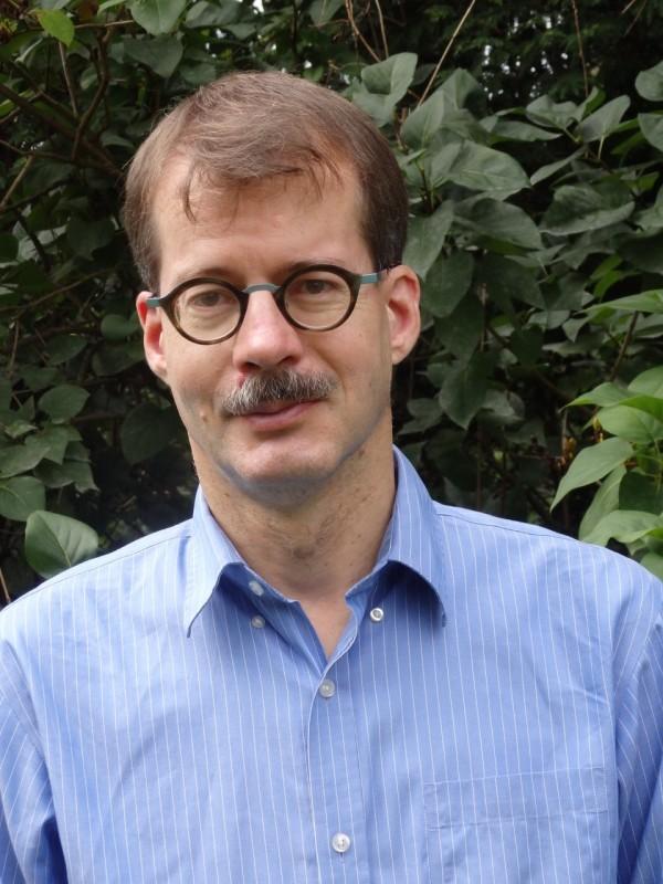 Prof Eckart Frahm