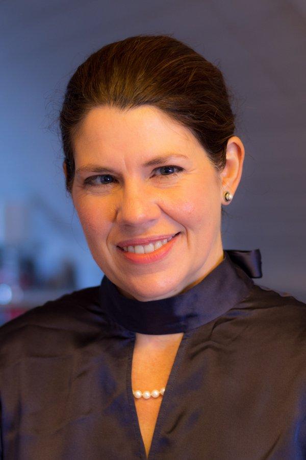 Dr Justine Firnhaber-Baker