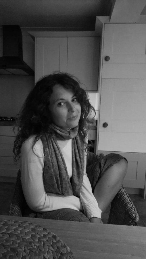 Elena Casas-Montañez